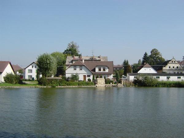 Obec Člunek