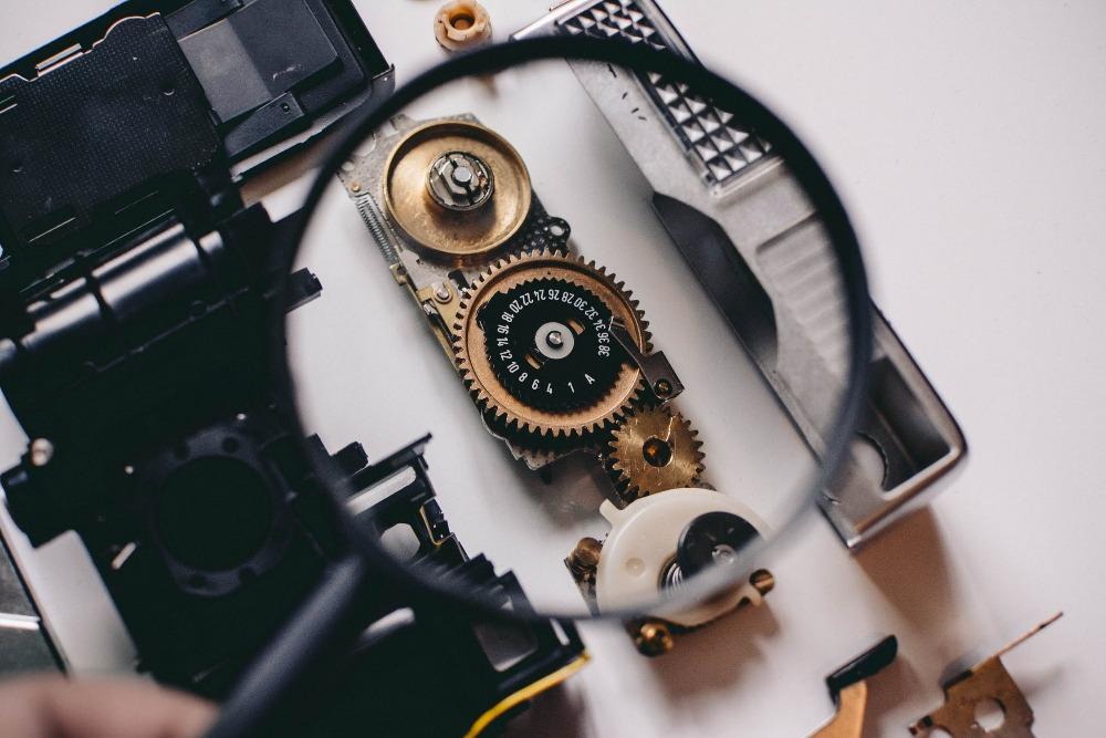 Stroje vládnou době, ale kdo vládne strojům?