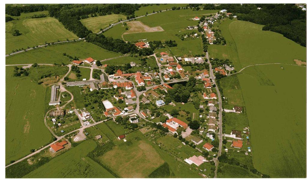 Mladí neodcházejí, zůstávají v Doubravici
