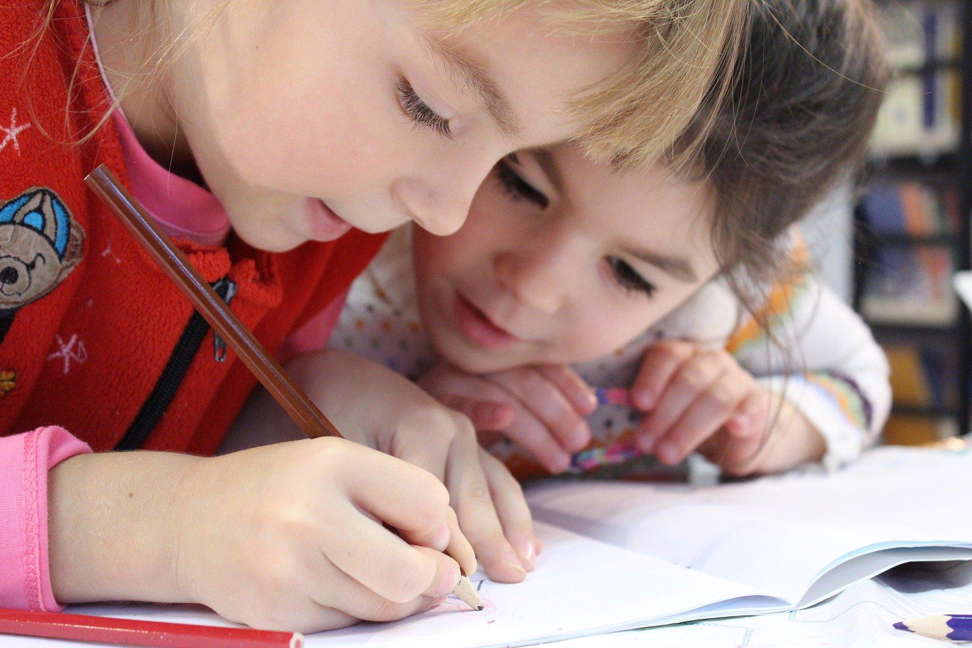V malé škole se mají děti dobře