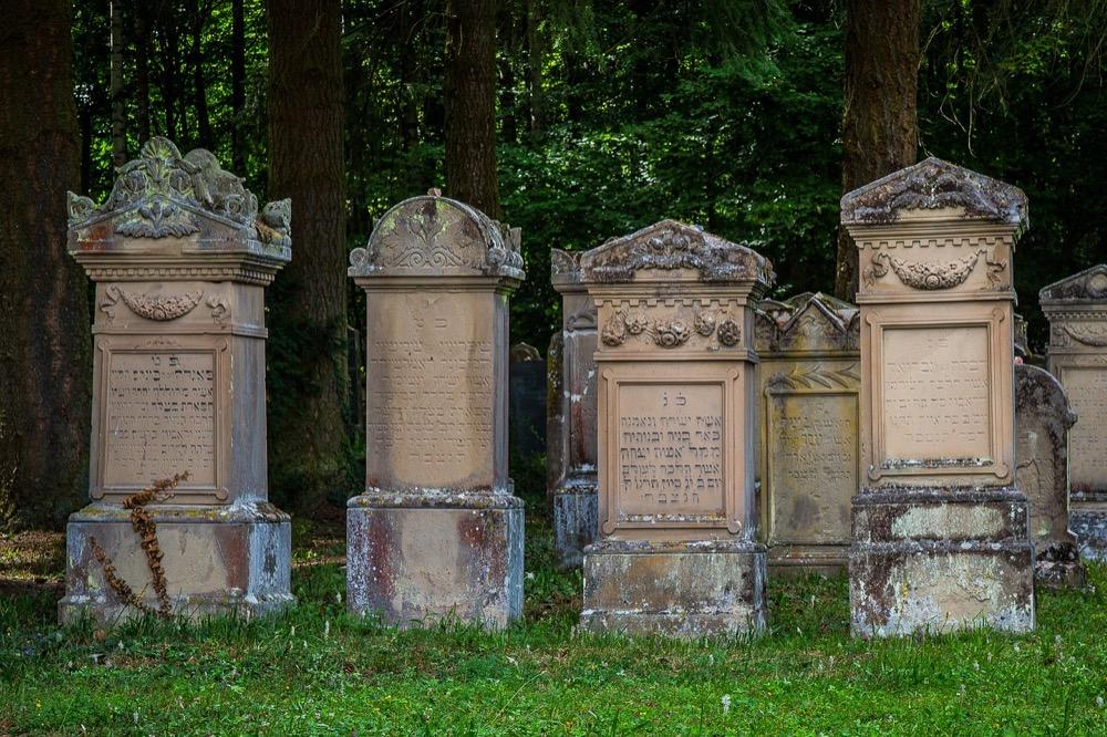 Co je na židovských hřbitovech tak tajemného?