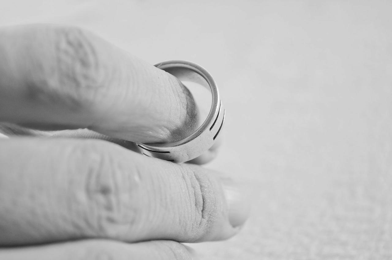 Rozvod už není sprosté slovo